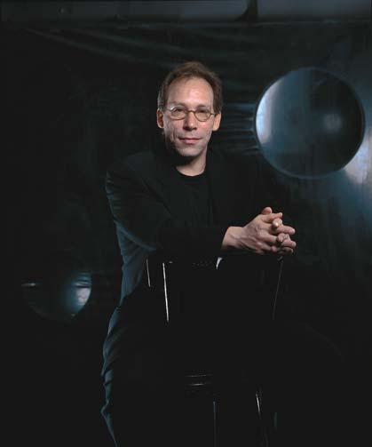 Lawrence M. Krauss adalah manusia dengan banyak pendapat. Salah satunya bahwa teori string telah gagal menerangkan sifat dark energy.