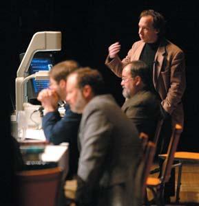 Krauss (berdiri) berbicara di hadapan Ohio State Board of Education Standards Committee pada 11 Maret 2001, berupaya mencegah ajaran agama masuk ke dalam kurikulum sains sekolah umum. Dewan setuju, walaupun kaum kreasionis belum menyerah.