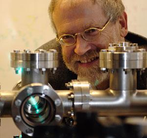 Anton Zeilinger adalah Profesor Fisika di Universitas Wina. Gambar: Jaqueline Godany.